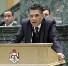 الجراح يهاجم وزراء في حكومة الرزاز