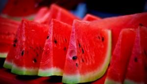 اليكم 5 علامات لاختيار البطيخ الأحمر حلو المذاق