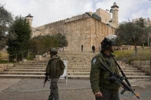 قوات الاحتلال تغلق الحرم الابراهيمي 24 ساعة