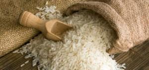 تحويل أصحاب مول إلى القضاء والتحفظ على كميات من الأرز