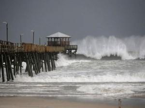 15 قتيلاً بسبب العاصفة فلورنس شرق امريكا