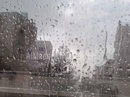 انقلاب مفاجئ في حالة الطقس و تساقط للامطار بأنحاء مختلفة من المملكة