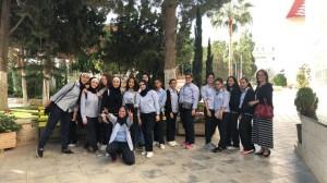 جامعة عمان الأهلية تستقبل وفد من طلبة مدارس الجامعة الثانوية الأولى للبنات