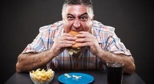 6 طرق لتفادي التوتر أثناء الطعام