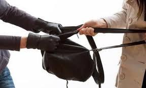 القبض على سيدة امتهنت سرقة حقائب السيدات في اربد