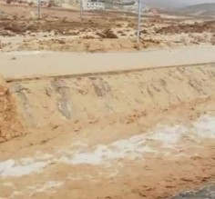 3 وفيات جراء مداهمة السيول لمركبات في ضبعة