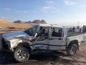 بالصور...وفاة و 3 اصابات في حادث تصادم مركبتين في العقبة
