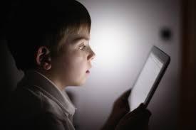 الأجهزة الذكية تسرق أطفال الأردن