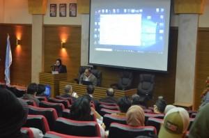 محاضرة في جامعة عمان الأهلية للرائد