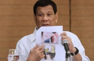 الرئيس الفلبيني يرسل