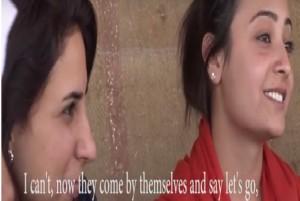 بالفيديو...قرية كردية للنساء فقط...وهذه شروط دخول الرجال إليها!