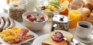 مفاجأة .. وجبة الإفطار لا تخفّف من وزنك بل بالعكس!