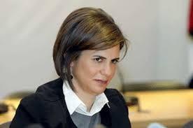ريا الحسن أول امرأة في العالم العربي تتولى وزارة الداخلية