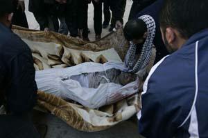 استشهاد ثلاثة فلسطينيين في الغارة الإسرائيلية على غزة