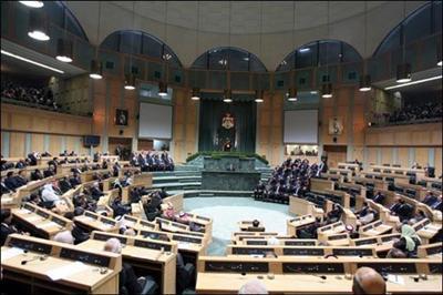 النواب» يؤكد جاهزيته للنظر بمشروع «الاقاليم» ويرمي الكرة في ملعب الحكومة