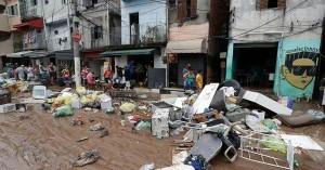 12 قتيلا و6 إصابات إثر فيضانات في البرازيل
