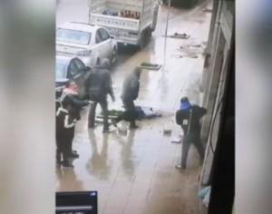 ما هي حالة شاب سقطت حجارة على رأسه في عمان