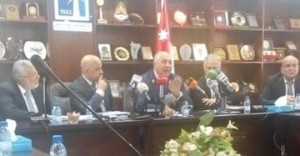 الحاج توفيق يدعو الحكومه إلى اعتماد تقرير اللجنه المحايده وتعويض التجار
