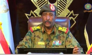 المجلس العسكري السوداني يقر برئاسة الحكومة لـ