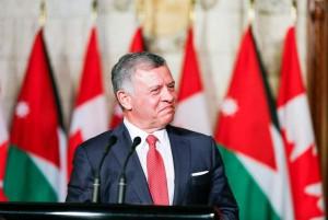 الملك يلتقي في باريس رئيس الوزراء الكندي