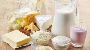 إخضاع منتجات الحليب للضريبة وتخفيضها على مدخلات الانتاج