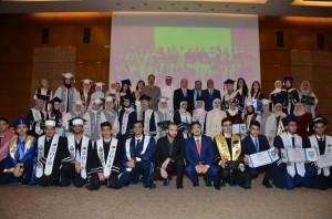 جامعة عمان الاهلية ونقابة المهندسين تكرمان الطلبة الاردنيين المتفوقين بالكويت