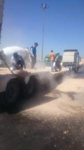 بالصور...إدارة السير تحذر سالكي اعلى جسر الجمرك في ابو علندا