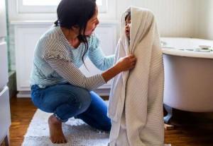 تحذير من الخطايا الخمس بعد الاستحمام