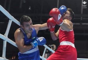 عشيش يتأهل إلى ثمن نهائي بطولة العالم للملاكمة