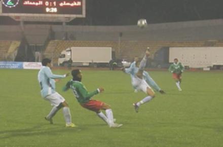 الفيصلي يفوز على الوحدات بدوري المحترفين لكرة القدم