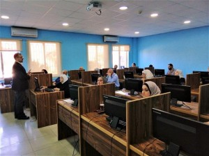 مركز التطوير الأكاديمي بجامعة البترا ينهي دورة