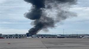 7 قتلى بتحطم قاذفة من الحرب العالمية الثانية فوق مطار أمريكي
