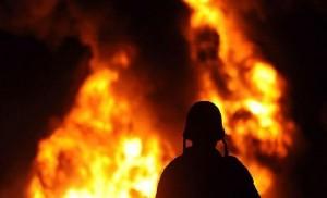 3 اصابات بحريق شقة في عمان