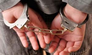 البحث الجنائي يحبط محاولة احتيال ثلاثة اشخاص على مواطن بمبلغ مليون دينار ويلقي القبض على أحد المتورطين في لواء الرمثا.
