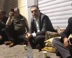 وزير العمل نضال البطاينة يلتقي المتعطلين عن العمل