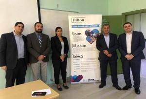 جامعة البترا تنظم لقاء تعاوني مع منتجع هيلتون البحر الميت