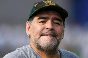 مارادونا: الفضائيون اختطفوني لثلاثة أيام