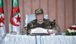 وفاة قائد الجيش الجزائري