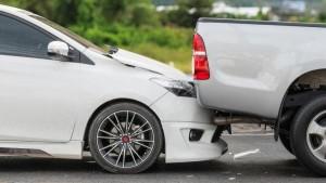 اصابتان بتصادم 11 مركبة في طبربور