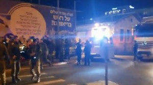 إصابة 14 جنديا من جيش الاحتلال بعملية دهس في القدس