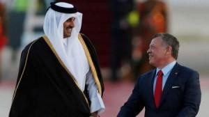 الملك يجري مباحثات مع أمير قطر في عمان الاحد