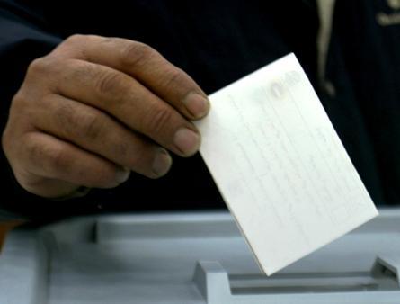 هل الطاقم الحكومي القائم مؤهل لأصدار قانون الانتخابات؟؟