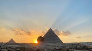 ظاهرة فلكية نادرة تشهدها الأهرامات .. ماذا حدث عند كتف أبو الهول