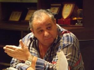 الكابتن محمد الخشمان يهنئ المتعافين من وباء الكورونا ويشكر القيادة و الحكومة والشعب
