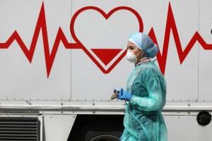 لجنة الأوبئة: تتبع مخالطي كوادر الفندق المصابة
