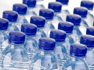 المستقلة للانتخاب: سيتاح فقط تقديم المياه في المقرات الانتخابية للمرشحين