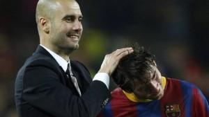 بعد دردشة مع غوارديولا .. مدرب برشلونة يكشف مصير ميسي