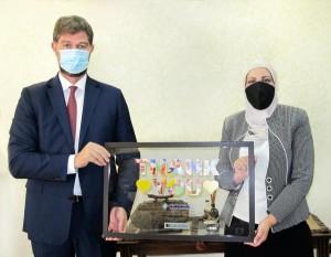 البنك الأردني الكويتي يدعم برنامج المنح الجامعية التابع لمؤسسة الحسين للسرطان