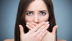 تعرف على الأطعمة التي تحارب رائحة الفم الكريهة