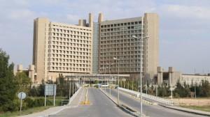 5 مصابين بكورونا في مستشفى الملك المؤسس على أجهزة التنفس الاصطناعي
